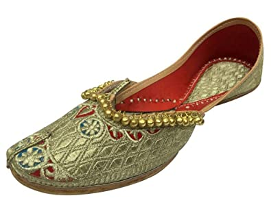 bbabcd69 Step n Style Ladies Punjabi Jutti Pakistani Wedding Shoe Ethnic Traditional  Footwear: Buy Online at Low Prices in India - Amazon.in