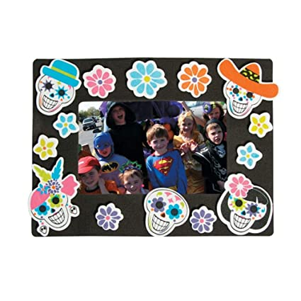 Amazoncom Sugar Skull Day Of The Dead Foam Picture Frame Magnet