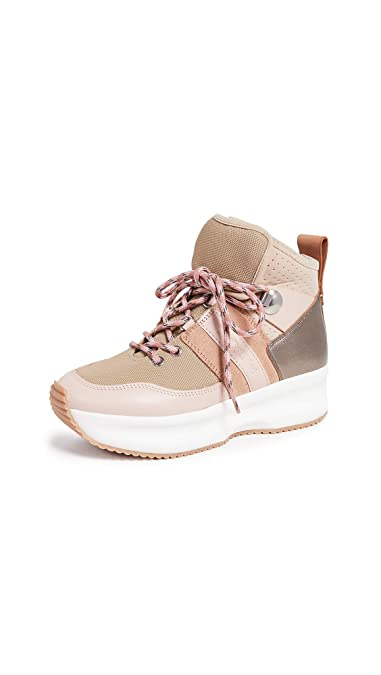 88c5266fda Amazon.com: See by Chloe Women's Casey Sneakers: Shoes