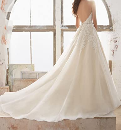 00c8907d47 SIQINZHENG Halter Deep V Wedding Dress with Beads Long Wedding Gowns for  Bridal at Amazon Women s Clothing store