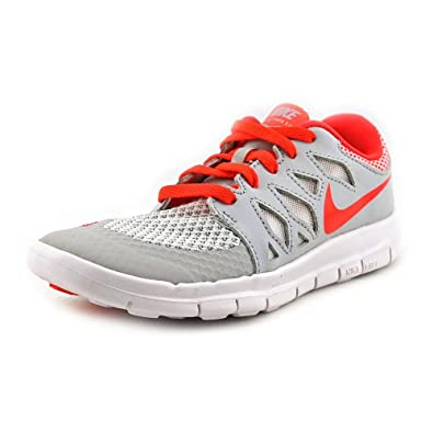 f9d80c74ec0d Amazon.com  Nike Free 5.0 Youth US 3 White Running Shoe UK 2.5 EU 35 ...