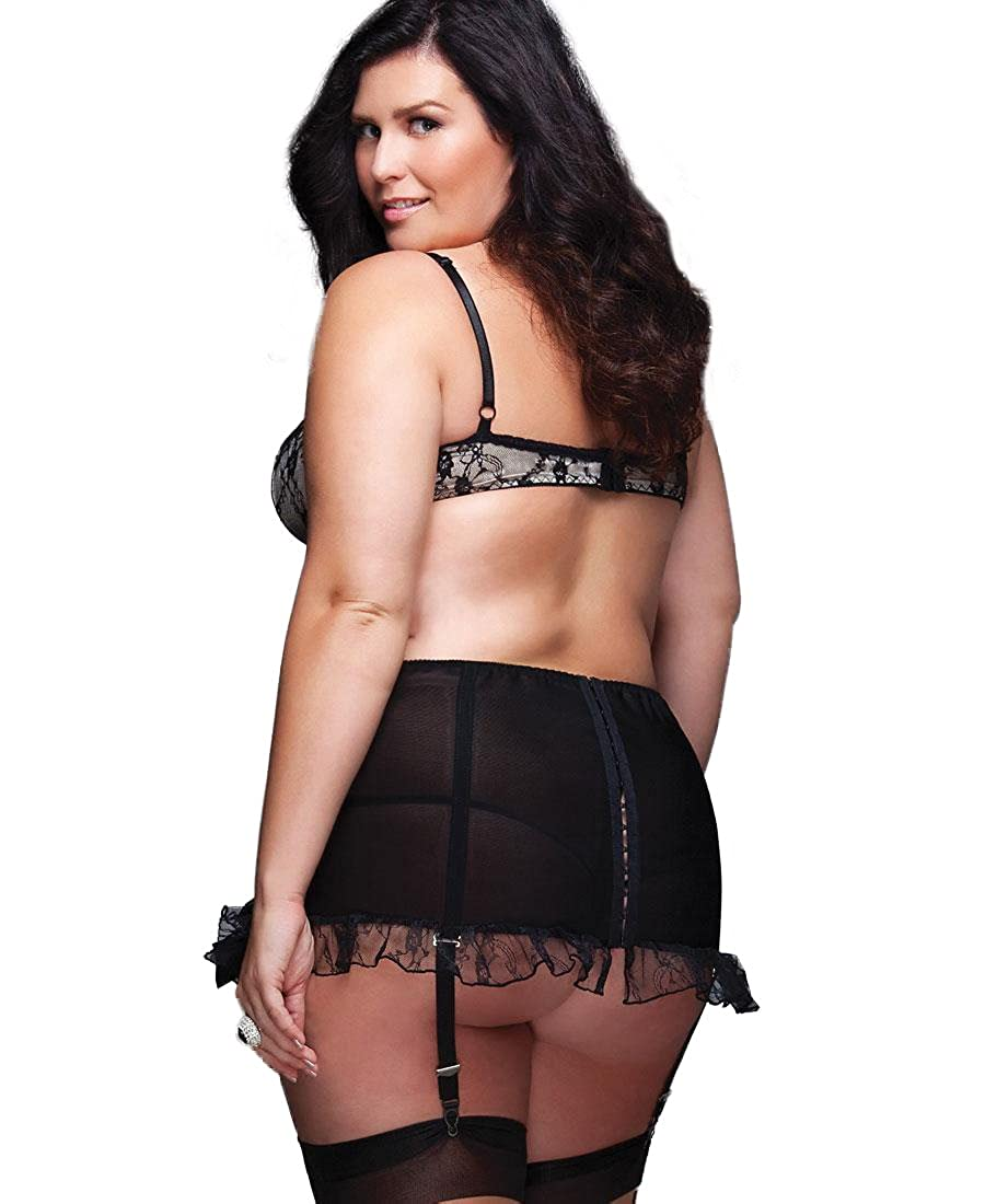 bc917474780 Coquette 1024X Women s Plus Size High Waisted Garter Belt - 1X-2X -  Black Nude at Amazon Women s Clothing store