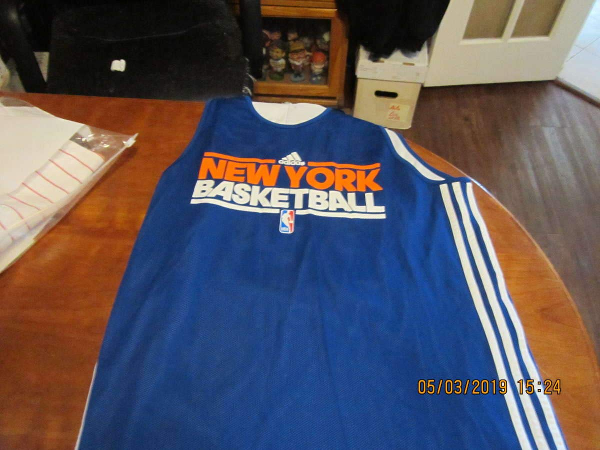 best website a4c6c 1e3bf 2011 Baron Davis shooting shirt New York Knicks practice ...