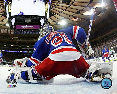 New York Rangers Henrik Lundqvist 8x10 Photograph (Photographs Sports)