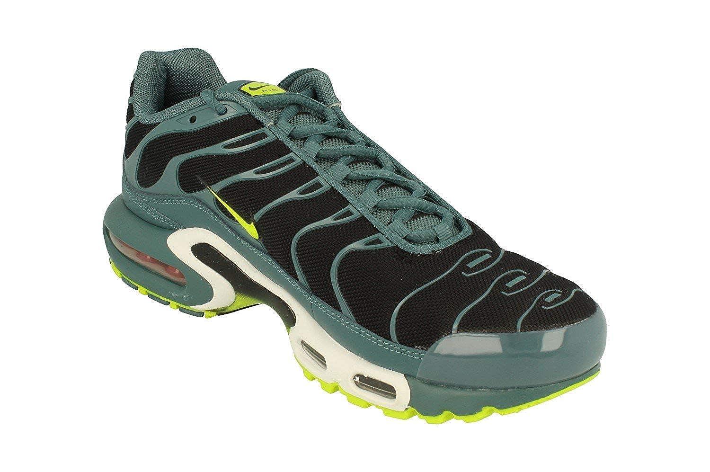 1ba8f4a23b4d Nike Men s Air Max Plus Gymnastics Shoes  Amazon.co.uk  Shoes   Bags