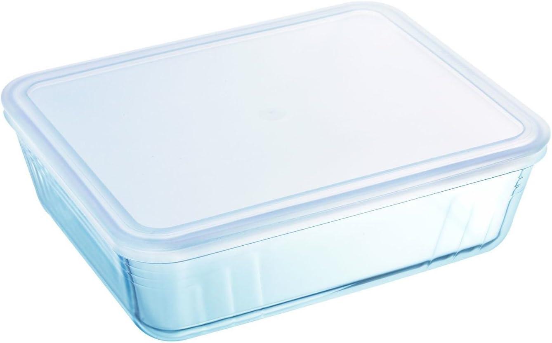 Pyrex Rectangular Dish with Plastic Lid, 2.6L
