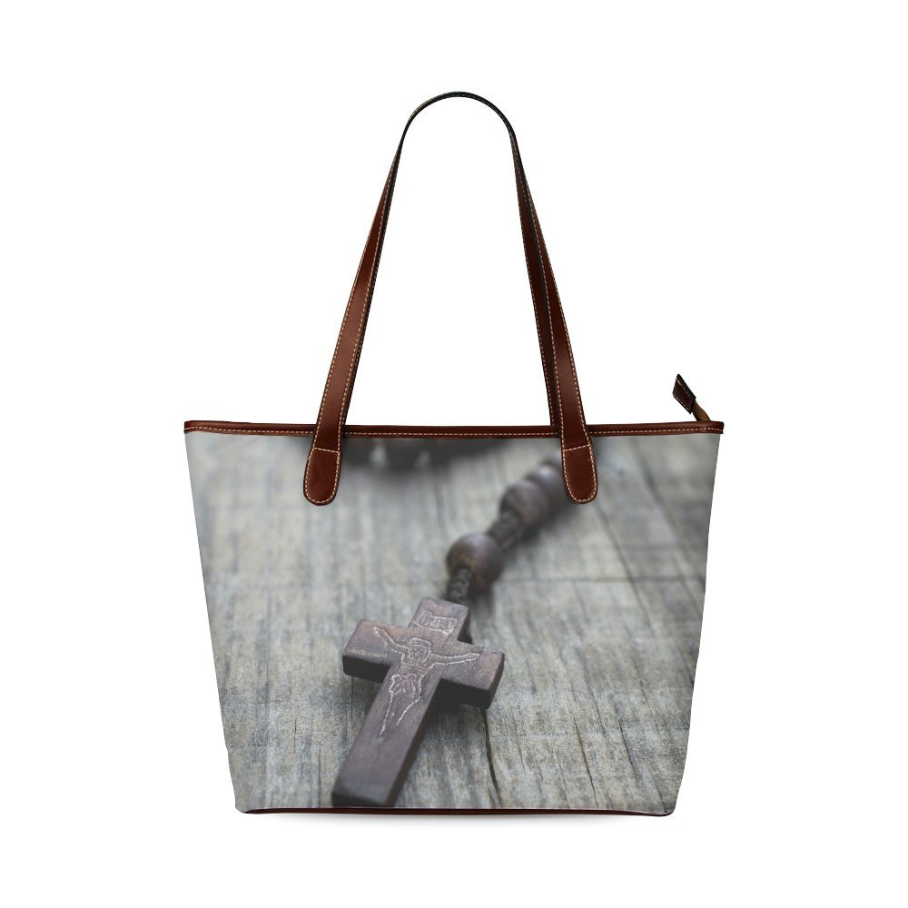 Fashion Bag Custom A rosary with beads on wooden background Shoulder Tote Bag