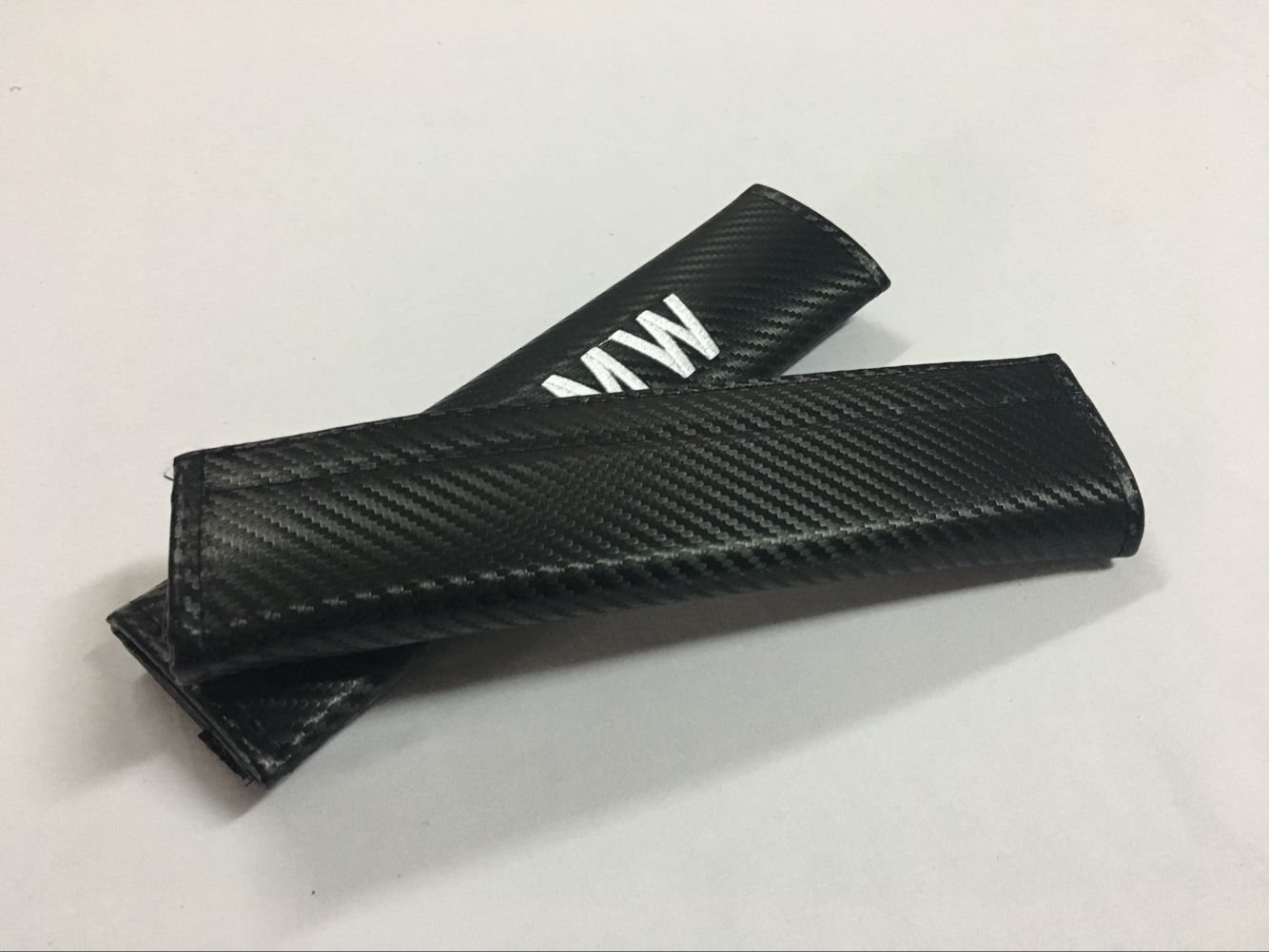 Hongyingcar 2pcs Car Seat Belt Carbon Fiber Cover Shoulder Pad Cushion for Mercedes Benz