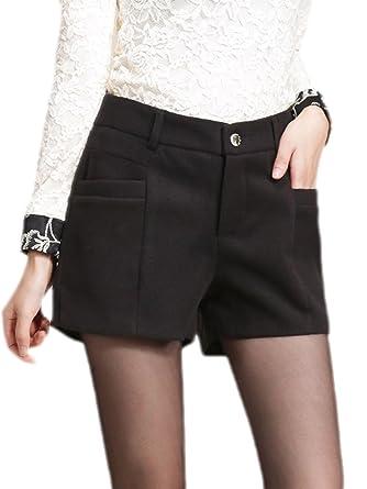 cafa631a3b34 Frieda Fashion - Damen Modische Winter Shorts mit Knopf und  Gürtelschlaufen, 36, Schwarz