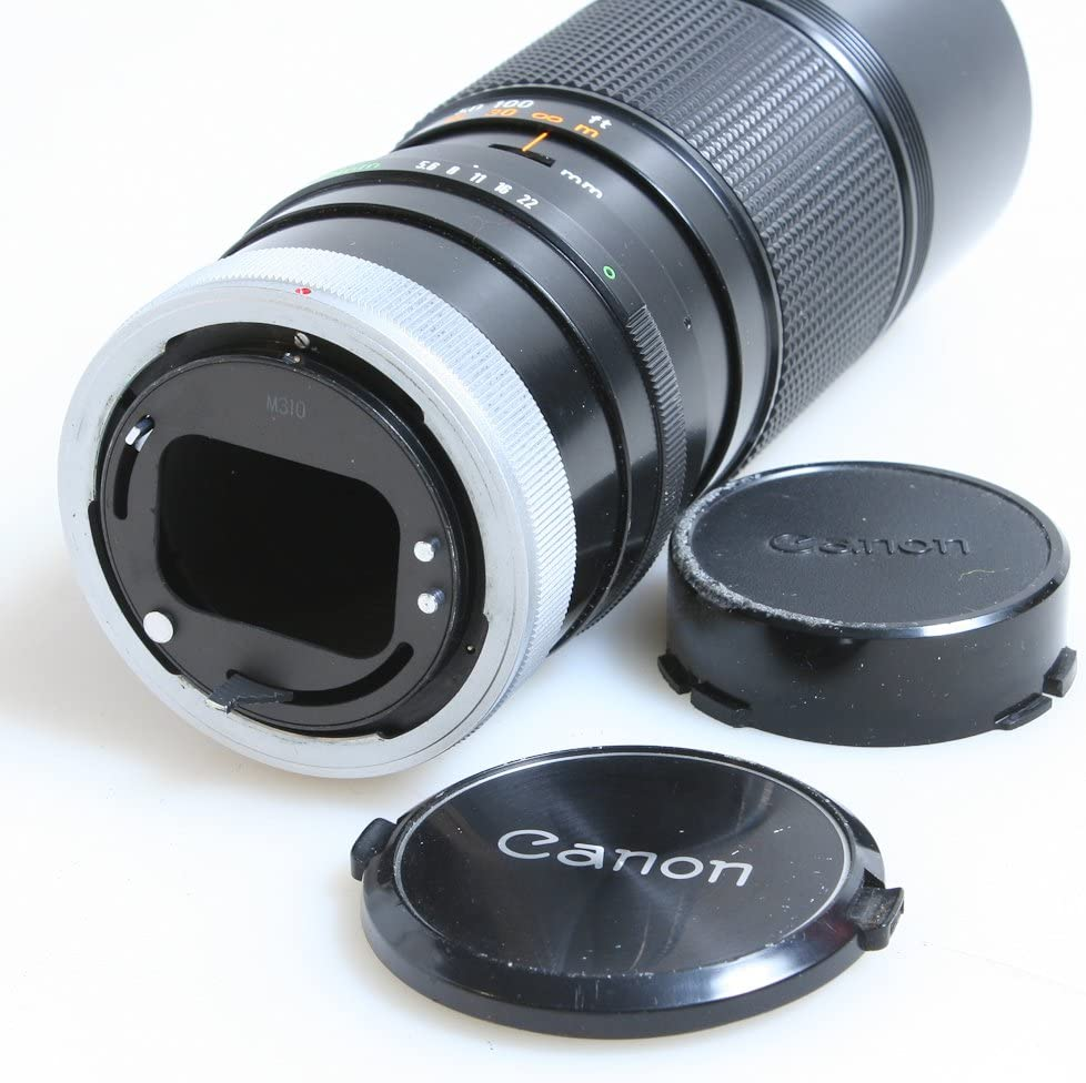 100-200MM f 5.6 CANON FD LENS WITH FRONT AND REAR CAPS