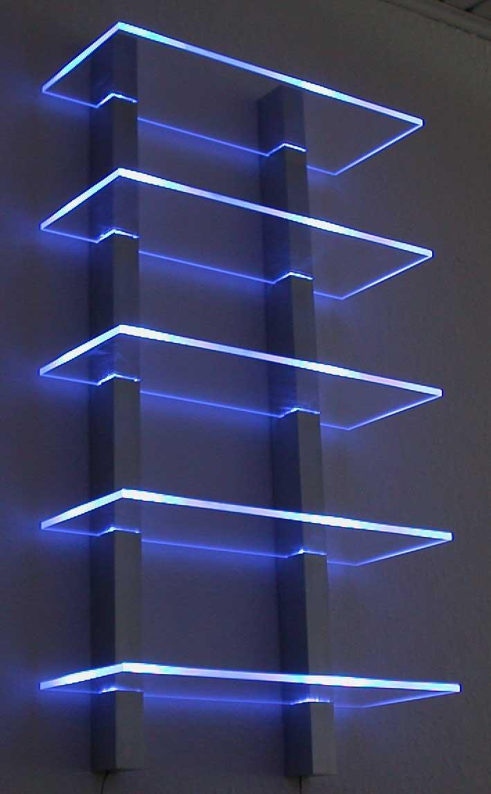 Regal mit indirekter beleuchtung selber bauen for Bauanleitung cd sta nder