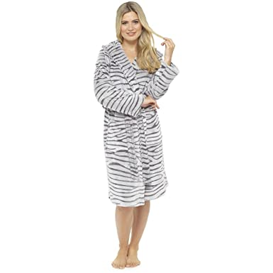 Ladies Supersoft Warm White Tiger Fleece Hooded Wrap Over Bathrobe UK 12-14 0e57b755f
