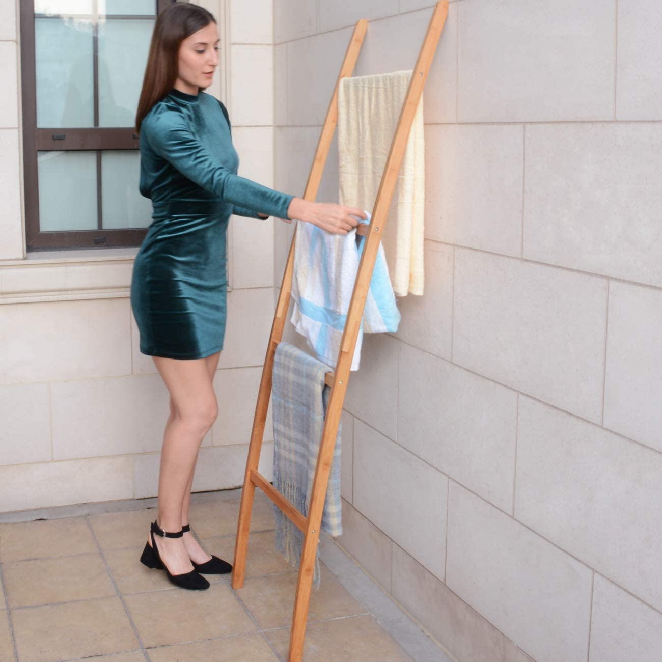 ZRI Bamboo Handtuchleiter Handtuchst/änder Leiter Handtuchhalter Regal mit 4 Stangen super eleganter Kleiderst/änder f/ür Badezimmer Wohnzimmer Schwarz Bambus//Natur Braun