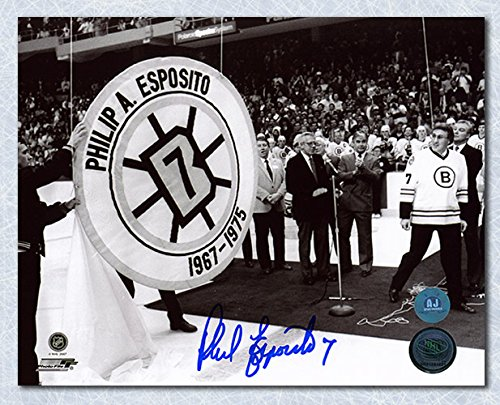 Phil Esposito Boston Bruins Autographed Banner Retirement Night 16x20 Photo ()