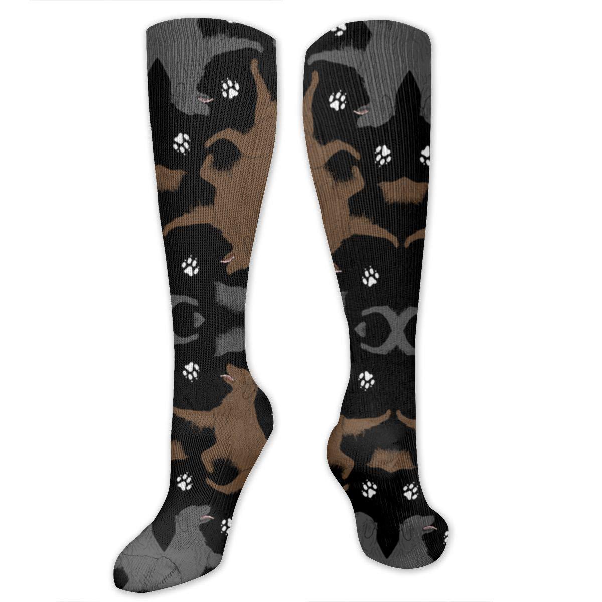 NAQSOCKSLE Trotting Flat Coated Retrievers And Paw Soft Cotton Socks Unisex Crew Crew Socks Suitable For Jogging