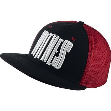 Nike - Cappellino da Baseball - Uomo Rosso - Red Black White Taglia Unica   Amazon.it  Abbigliamento 7d13e56302fe