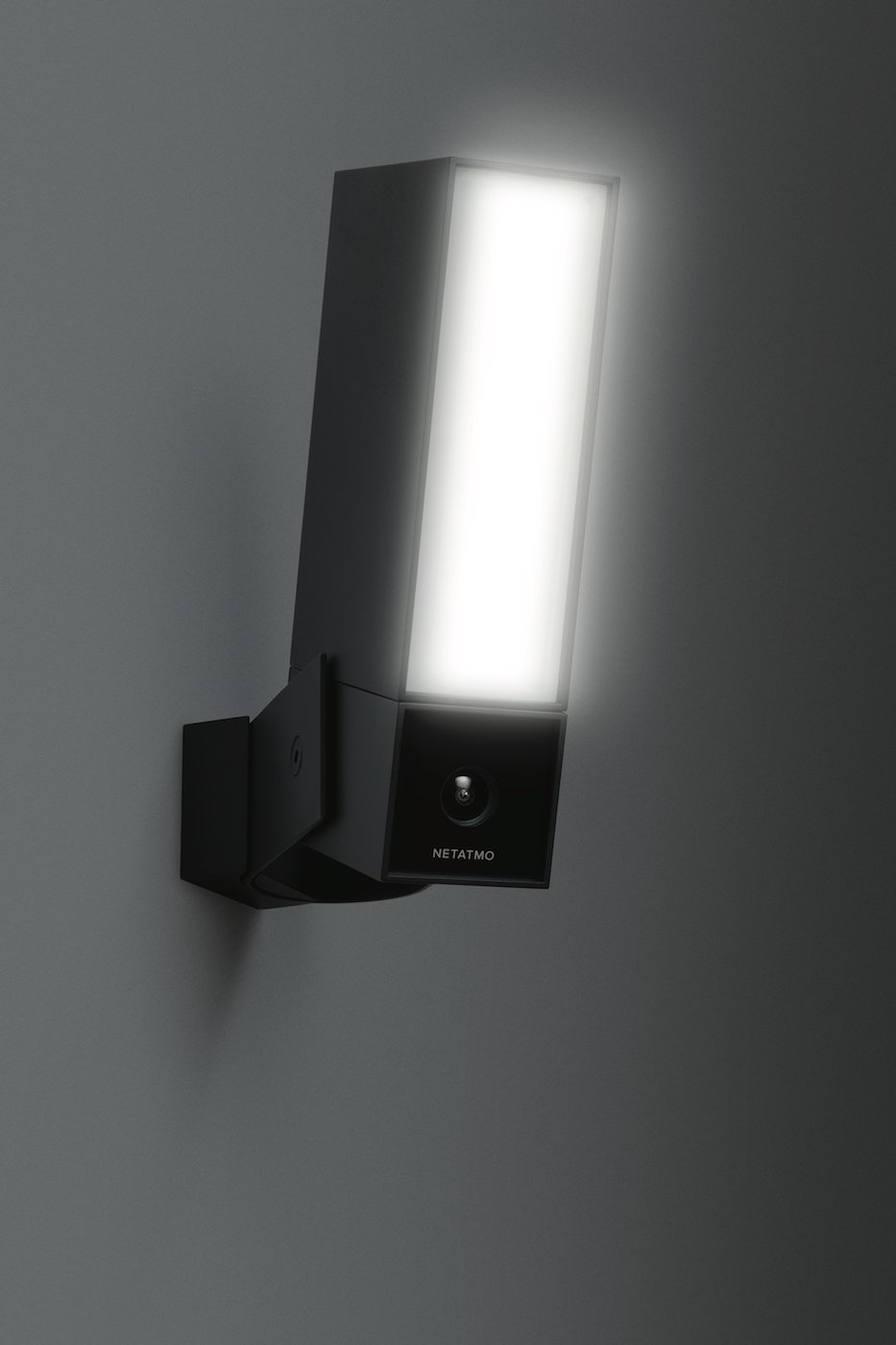 Smart Outdoor Security Camera With Integrated Wiring A Us Plug Colours Floodlight Netatmo Presence Photo