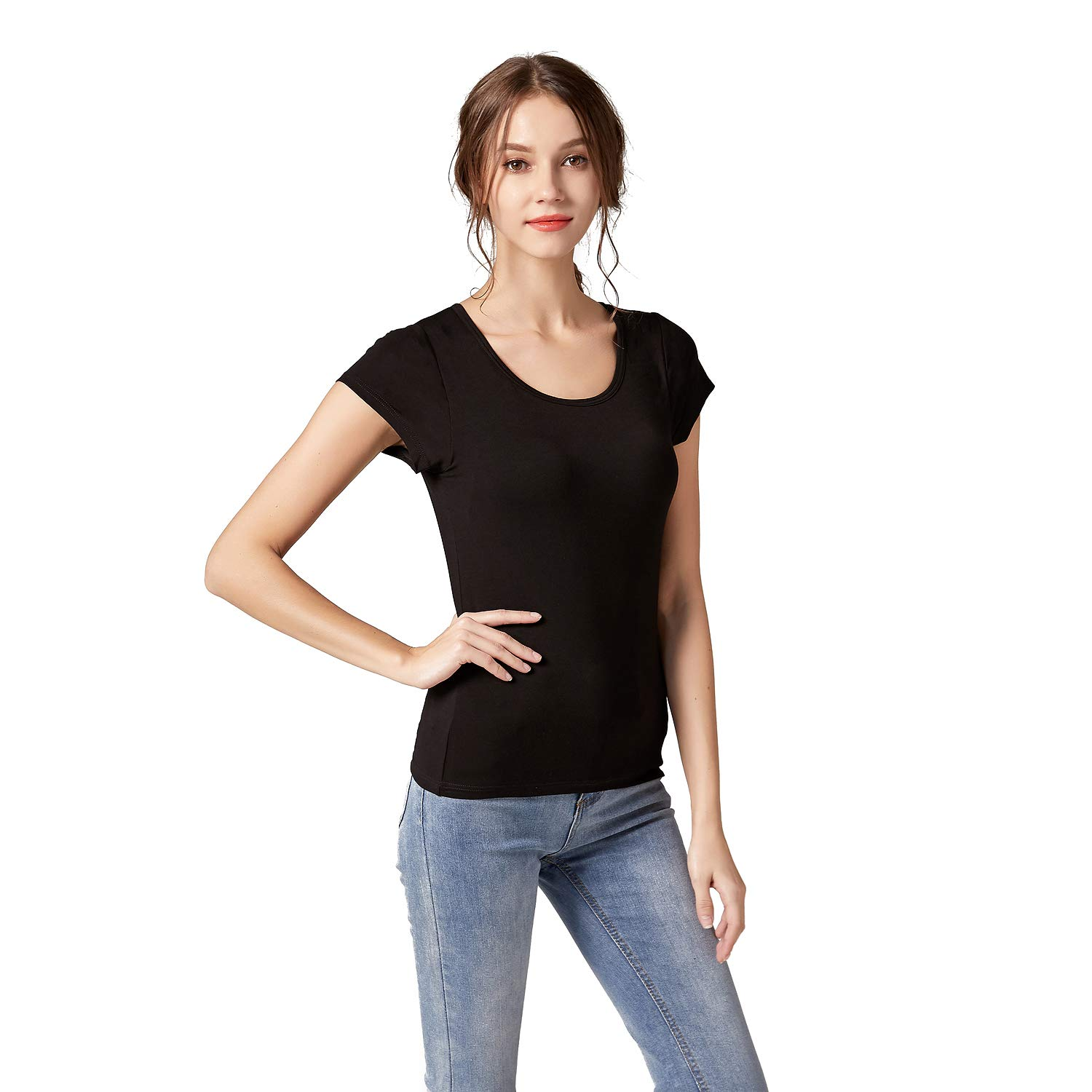 a163cf83bf Amazon.com  KEALLI Scoop Neck Short Sleeve T-Shirt Women Tops with Build in Bra  Tees Underwear  Clothing