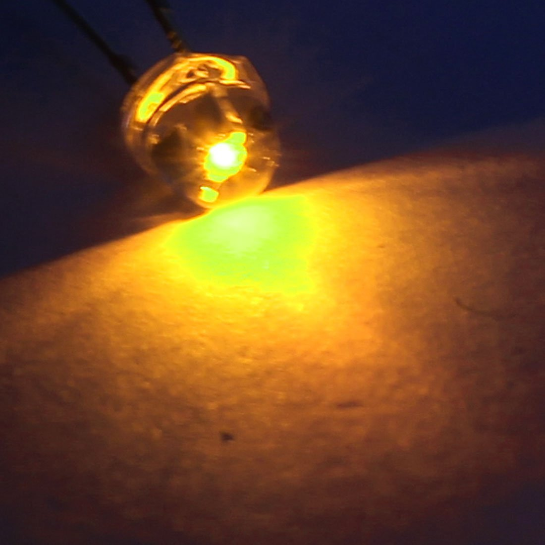 Aexit 5mm Transparent 2 bornes Chapeau de Paille jaune LED Lumi/ère /Émettant Diode 200 pcs 898J452