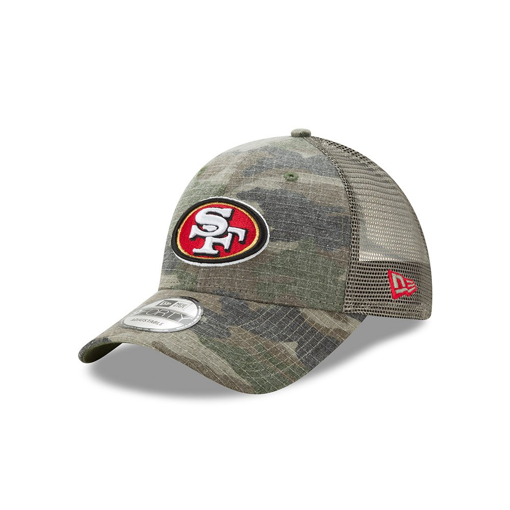 sale retailer f0037 25ef0 Amazon.com   San Francisco 49ers Camo Trucker Duel New Era 9FORTY  Adjustable Snapback Hat   Cap   Sports   Outdoors