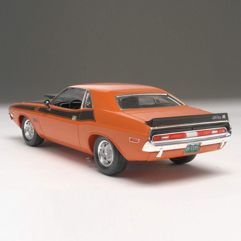Revell 1: 24 '70 Dodge Challenger 2 'N 1