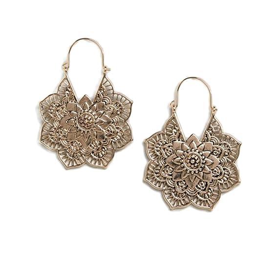 c60dedc07e1d FENICAL Pendientes de las mujeres Behimian Style Patrón de flores Vintage  Ahueca hacia fuera los anillos