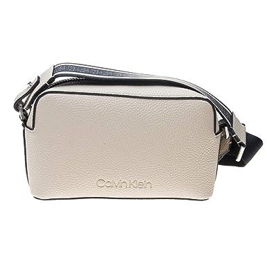 4017931bbd7c0 Calvin Klein Race Damen Cross Body Bag Beige  Amazon.de  Bekleidung