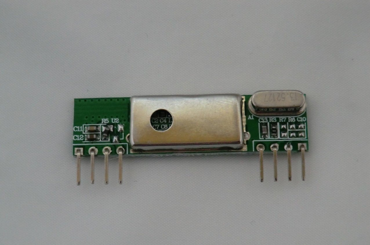 433Mhz Shielded Low-Noise Super-Heterodyne Wireless Receiver Board for Raspberry Pi / Arduino. Reverse-engineer wireless remote control signals using your Pi. TR Computers Ltd of Knutsford Cheshire