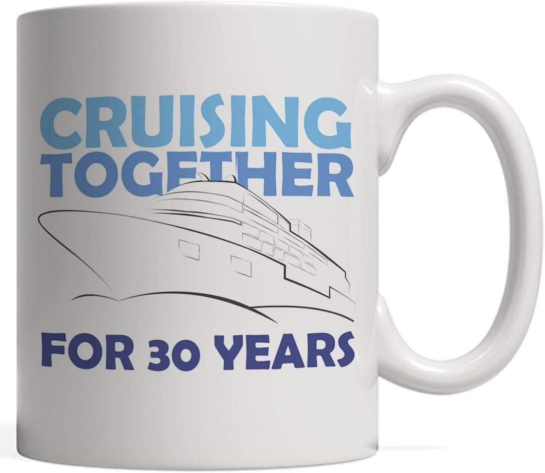 Taza de caf/é de crucero juntos durante 30 a/ños de vacaciones. regalo n/áutico del trig/ésimo aniversario de bodas para parejas que a/ún navegan en alta mar o en el oc/éano