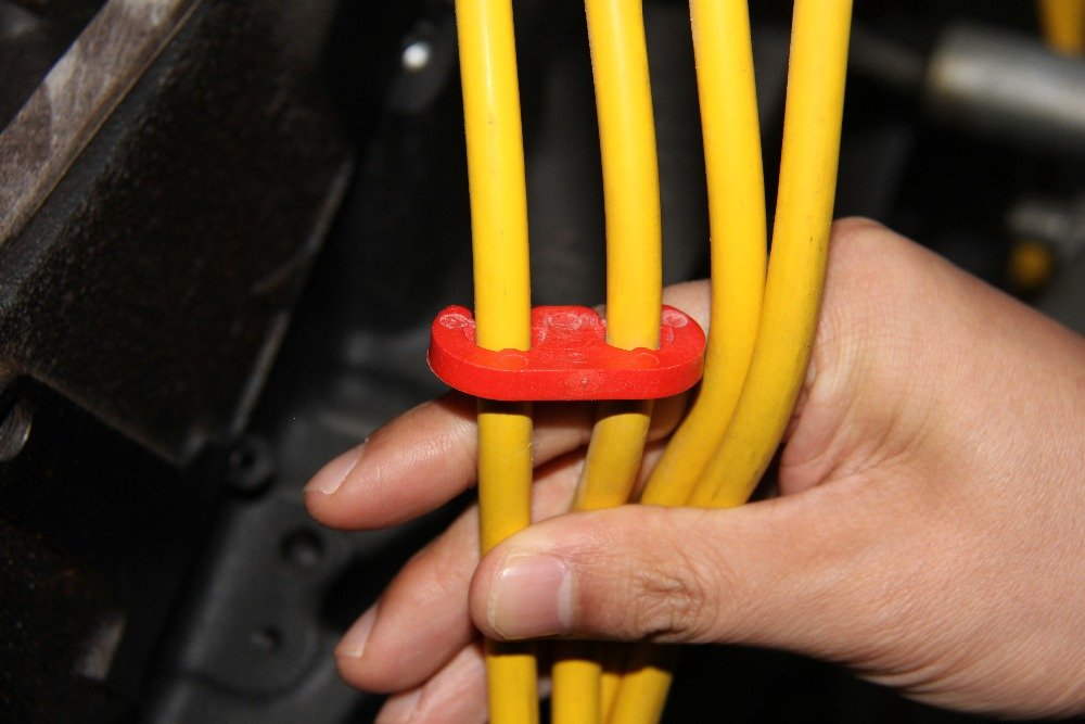 CarBole 7mm and 8mm Spark Plug Wires Set Separator Divider Kit 9727