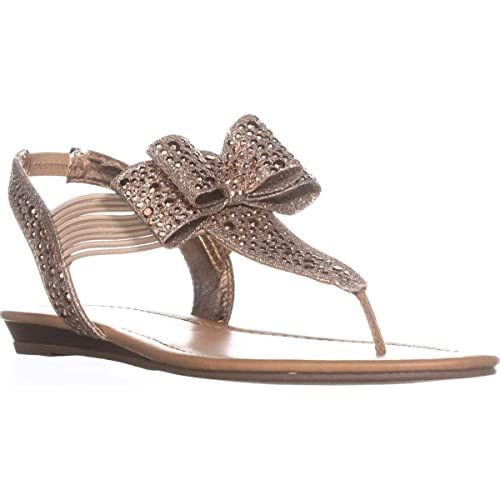 9eca729baa3e Material Girl Womens Shayleen Flat Thong Sandals Beige 5.5 Medium (B