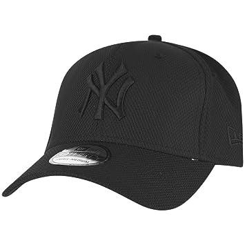 606450a335d New Era Diamond Era Essential 3930 Neyyan Blk - Cap line New York Yankees  for Man