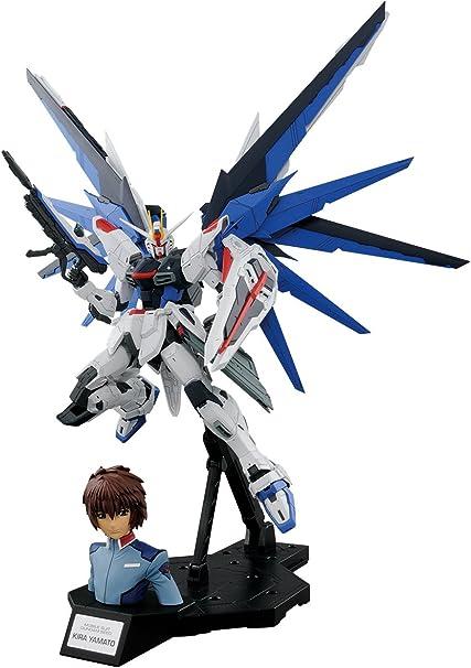 Amazon Com Bandai Hobby Mg 1 100 Dramatic Combination Mg Freedom Gundam Ver 2 0 Kira Yamato Gundam Seed Action Figure Toys Games