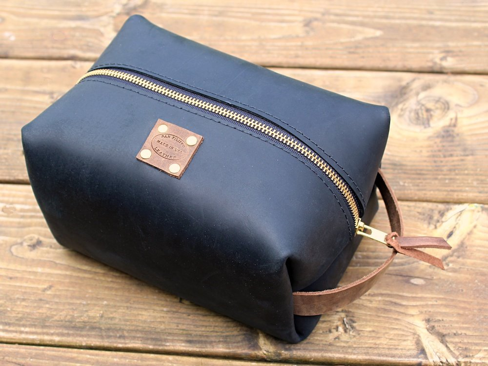 Large Leather Dopp Kit