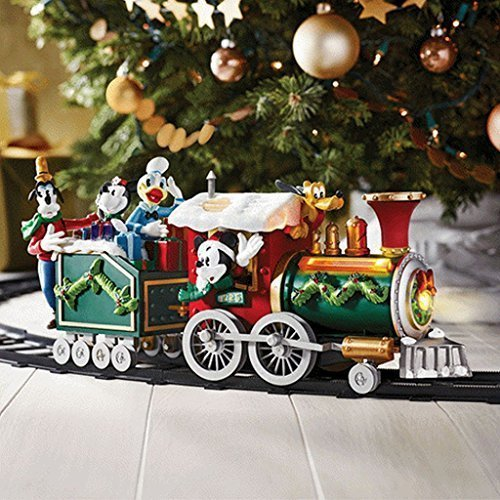 it comes with two trains that contain mickey mouse donald duck goofy and pluto it also seems that the minnie mouse misses the train
