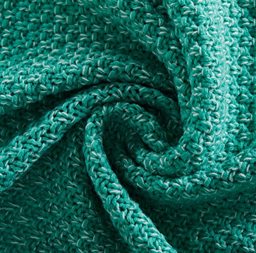 Hughapy knitted Mermaid Tail Blanket for Adults Teens,Kids Crochet Snuggle Mermaid,All Seasons Seatail Sleeping Blanket (71″x32″, Thin-Mint Green)