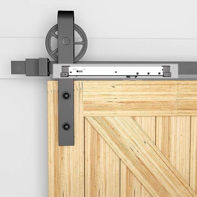 Amortiguador de muelles con mecanismo de cierre suave con gatillo en L ajustable, perfecto para puertas correderas de madera de granero, un kit para cada lado (cierre suave plateado (2 unidades).: Amazon.es: