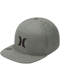 70664601241c7 Amazon.com  Hurley MHA0007210 Men s Dri-Fit Icon Hat
