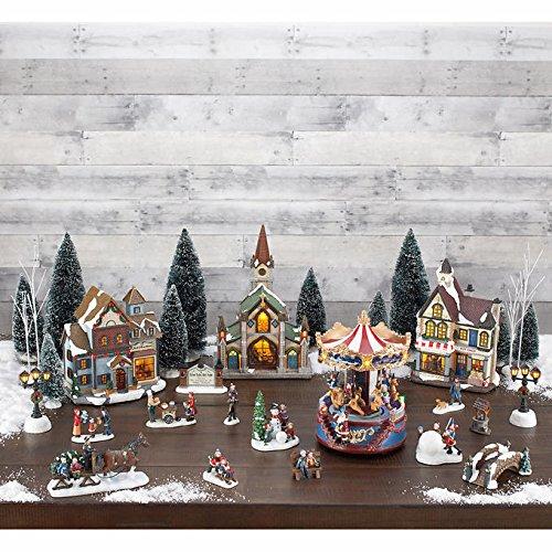 Christmas Village Scene, 30-piece Set (Christmas Villages Sets)