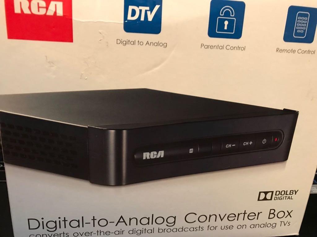 amazon com rca digital to analog converter box electronics rh amazon com RCA ATSC Converter Box RCA TV Converter Box Manual