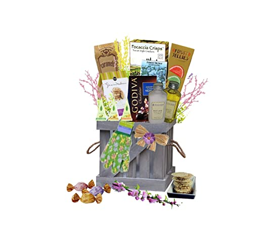 Amazon Com In The Garden Snack Gift Basket For Her Mother S Day Birthday Get Well Grocery Gourmet Food