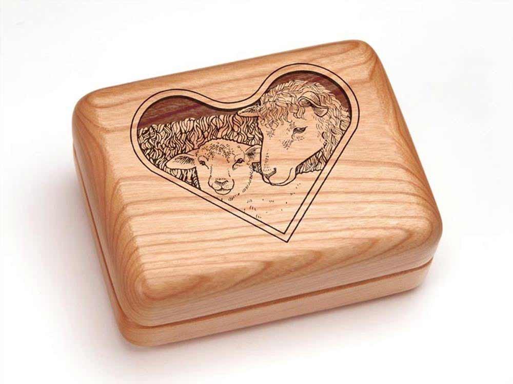 Hinged Box 4x3'' - Sheep and Lamb