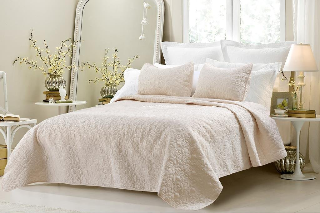 Bed in a Bag 3415 Oversized 3 Piece Quilted Coverlet Set44; Ivory