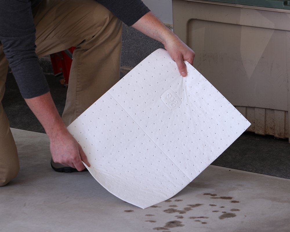 50 Oil-Only Mats; Ideal for Protecting your Garage Floor and Driveway During Oil Changes New Pig Absorbent Oil Change Mats