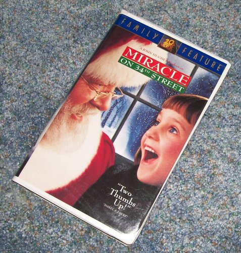 MIRACLE ON 34TH STREET VHS - Stores 34th On Street