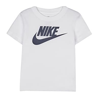 c5508f036 Nike Kids Boys' White Logo Print T-Shirt Age 2-3: Nike: Amazon.co.uk ...