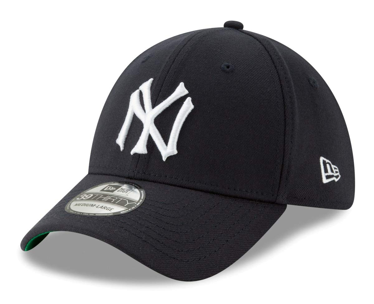 Amazon.com   New Era York Yankees 39THIRTY MLB Cooperstown Logo Pack Flex  Fit Hat   Sports   Outdoors afa00020425