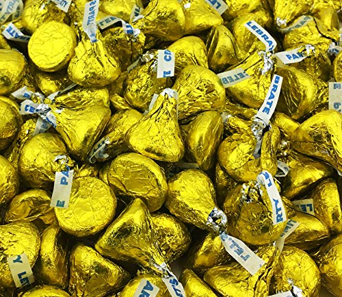 Hershey's Kisses Milk Chocolate Party Candy, Yellow Foil (Pack of 2 Pounds) ()