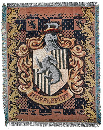 harry potter hufflepuff 39 s crest woven tapestry throw. Black Bedroom Furniture Sets. Home Design Ideas