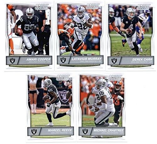 (2016 Score Oakland Raiders Veterans Team Set (In 4 Pocket Album) of 10 Football Cards: Derek Carr(#229), Latavius Murray(#230), Amari Cooper(#231), Michael Crabtree(#232), Marcel Reece(#233), Seth Roberts(#234), Khalil Mack(#235), Charles Woodson(#236), Malcolm Smith(#237), Sebastian Janikowski(#238) in)